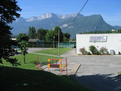 L'ensemble sportif Pigneguy (foot, rugby, tennis, beach volley, sports indoor,...)